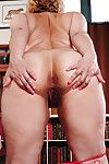 Short haired BBW Jewels baring chubby fat botheration together with shaved pussy