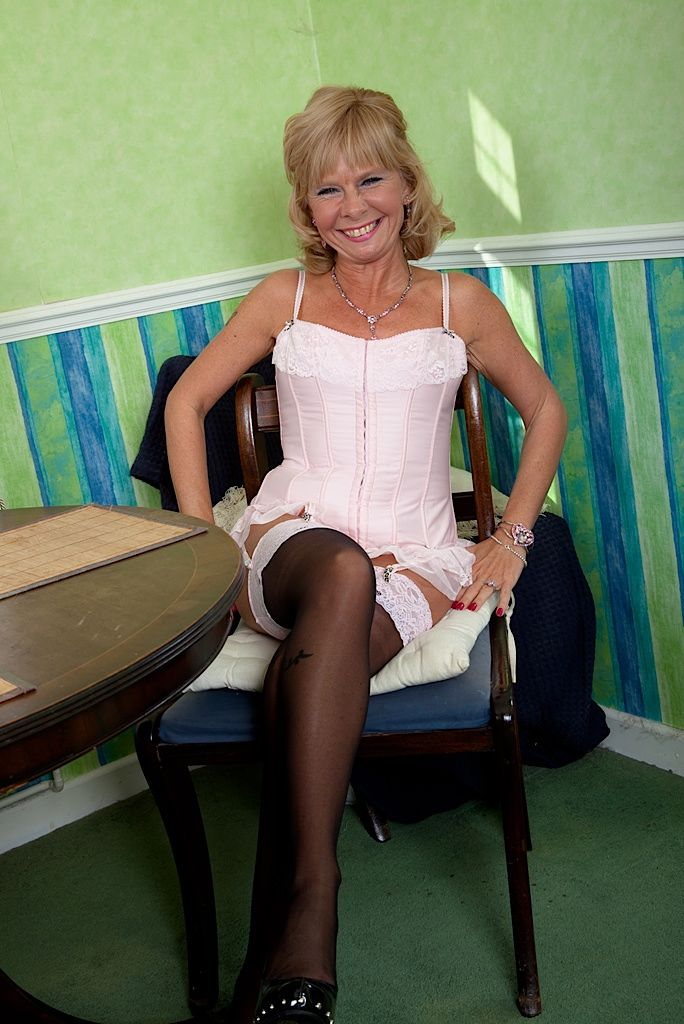 Festival granny Cathy Oakley modelling downcast lingerie alien Victoria Secrets
