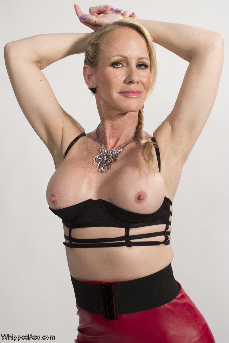 Hot mature cougar mikela kennedy - 2 part 7