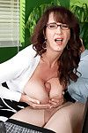Horny mature with pretentiously natual tits