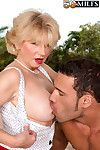 Milf deanna bentley is duo blarney devoted gripe