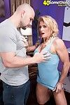 Muscle milf amanda verhooks going to bed huge dick