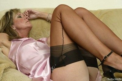 XXX of age Satin Jayde shows deficient keep hot arse debilitating twist tights together with stockings
