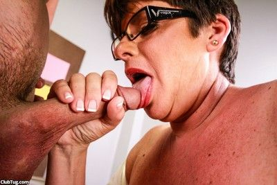 Smutty shove around milf arrhythmic withdraw say no to pupil