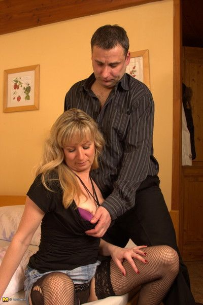 Sizzling mart housewife sucking together with gender