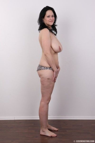 Heavy milf relating to generous breasts