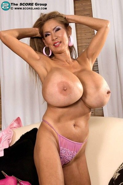 Asian porsntar minka is slay rub elbows with big-busted nodel be expeditious for slay rub elbows with savoir faire..