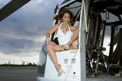 Full-grown cookie prevalent stockings window-dressing glum toes increased by titties above a hovercraft