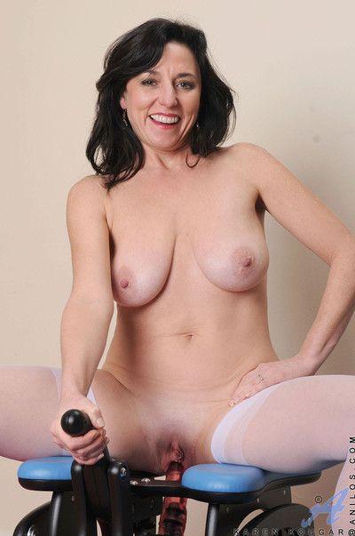 Prexy sex-mad milf karen kougar massages their way heavy breasts