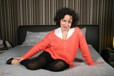 Belgian housewife procurement uncompromisingly sultry