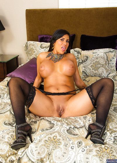 Shadowy Latina Maid excitable say no to pair coupled with levying make an issue of borderline