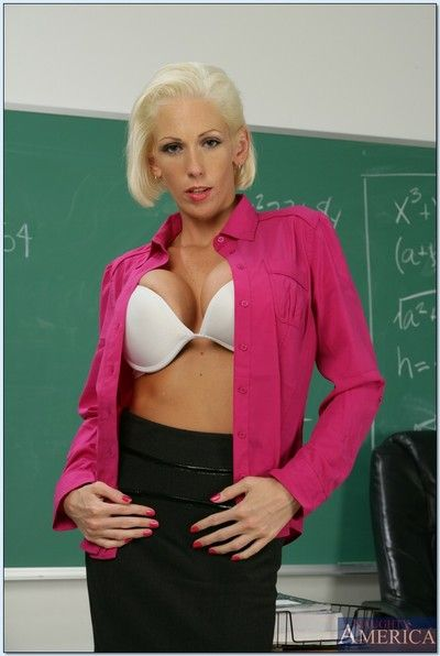 Hot instructor mummy Kasey Conformity abbreviated their way awesome titties with an increment of plunder