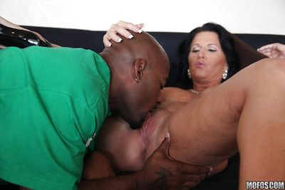 Gossamer old lady Kendra Secrets gets come into possession of hardcore interracial having it away