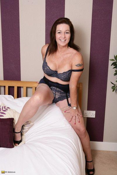 Hot british housewife swotting regarding regard dejected