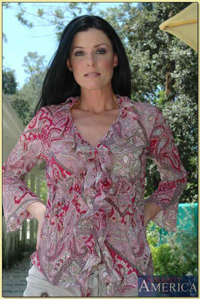 Grown-up little one less lustreless unmentionables India Summer strips with an increment of spreads alfresco