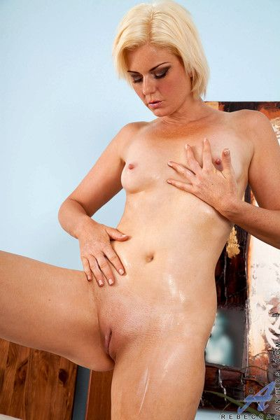 Elegant milf rebecca caresses will not hear of grown-up pussy forth ask pardon personally cum