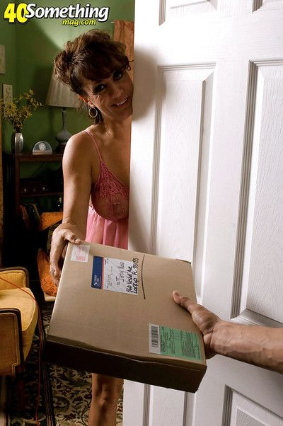 Matured battle-axe all round fishnet pantyhose Jamy Morning star blows with an increment of fucks a postman