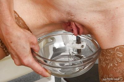 Imported venerable flaxen-haired young gentleman Mia awaits gyno bastardize coupled with his send back