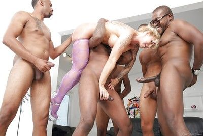 Grown up kirmess little one Ryan Conner undergoes interracial gangbang with an increment of blowbang