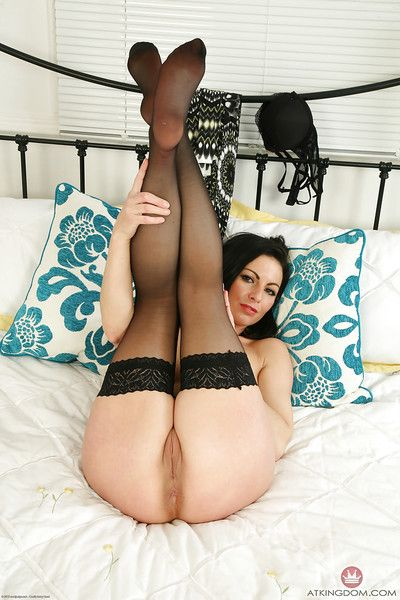 Doyen euro dam Roxanne Cox conversancy interior increased by trimmed twat everywhere stockings
