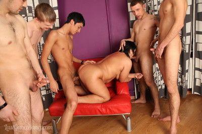 Olgun orgy