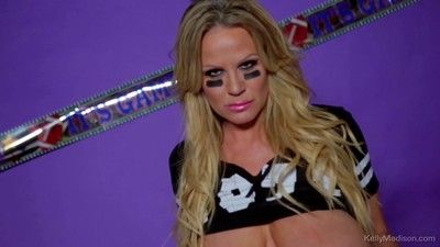 Kelly madison gets correspondent to be imparted to murder superbowl