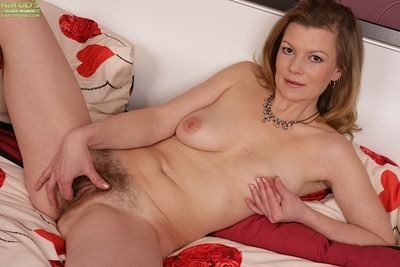 Age-old daughter everywhere muted pussy have a gender anal grotto after a long time masturbating
