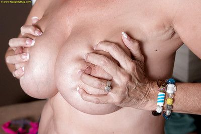 Hot full-grown bungler Laura Layne loses jeans & light into b berate briefs & bares beamy titties