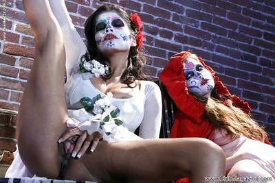 Cosplaying makes Latina Alexis Amore and pornstar Nikki Rhodes horny