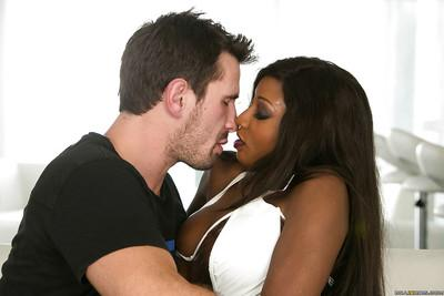 Splendid ebony milf Diamond Jackson gets her throat stuffed with dick