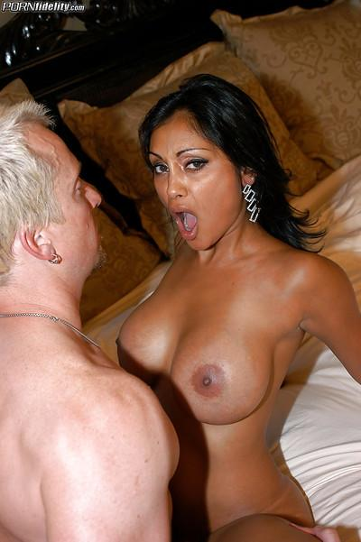 Indian milf Priya Rai enjoys ass fucking and pussy licking