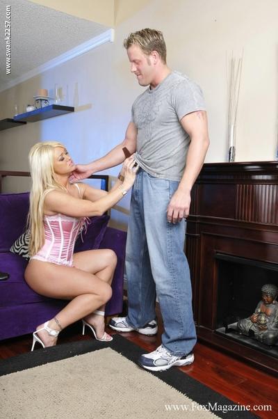 Horny MILFs Cayden Moore & Crista Moore sharing a big cock