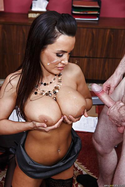 Office lady with big tits Lisa Ann has her milf pussy fucked hard