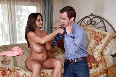Huge boobed moms August Ames and Ava Addams suck cock and pussy