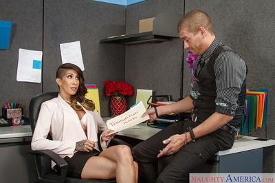 Latina Milf office worker Kayla Carrera pleasing her well hung boss