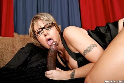Milf in glasses Velicity Von loves interracial reality hardcore