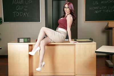 Nerdy secretary Monique Alexander lifts skirt and rolls down pantyhose