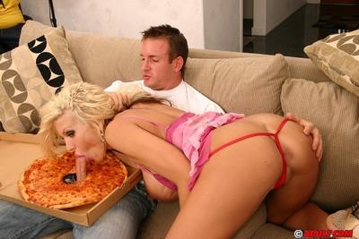 Top-heavy blonde cougar has some dirty fun with a horny pizza-lad