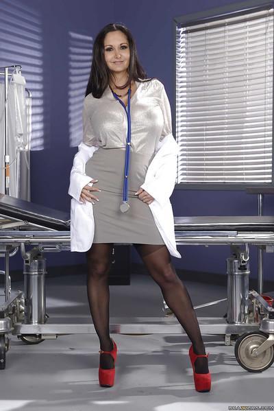 MILF solo girl Ava Addams releasing big boobs from doctor uniform