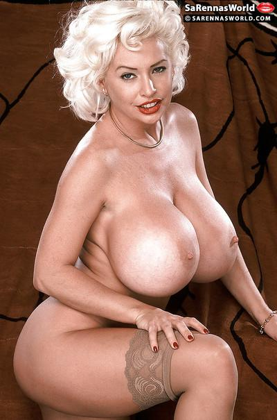 Platinum blonde MILF babe SaRenna Lee posing for vintage pornstar shoot