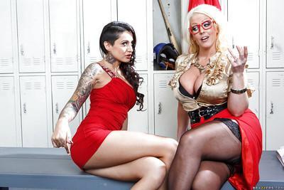 Latina schoolgirl Alby Rydes teaches Alura Jenson to sit on dick