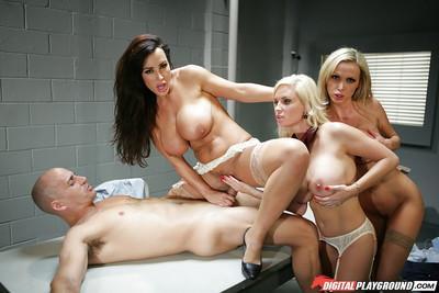 Three slender beauties pornstars are sucking dick of this lucky guy