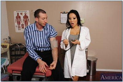 Slutty asian doctor Asa Akira sucks and fucks her patient