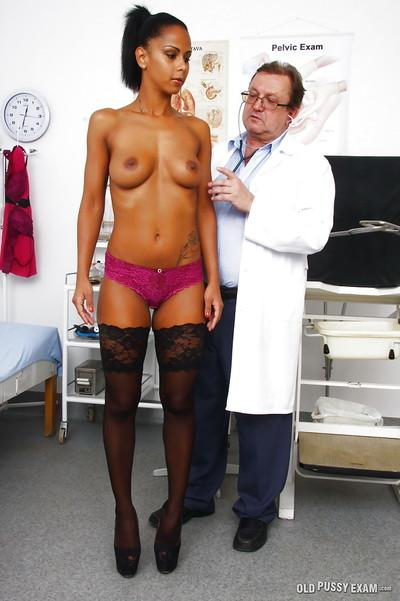 Latina MILF in stockings vaginally and anally penetrated by Gyno doctor