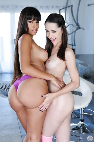 Older Latina Mercedes Carrera seducing ten girl Nikki Nexts for lesbian sex
