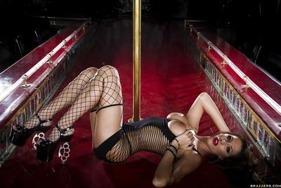 Gorgeous brunette pornstar on high heels uncovering her ravishing curves