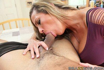 Montana Skye gives a sensual blowjob and gets her shaved twat cocked up