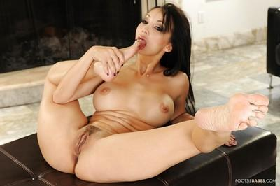 Diligent Asian milf Katsuni does foot fetish show and cums hard
