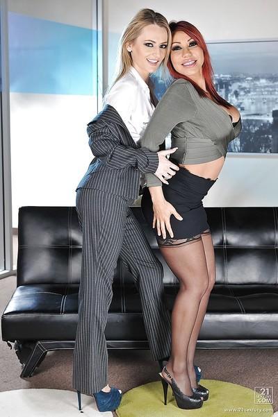 Lesbian sluts Ava Devine and Natasha Starr having an wild love