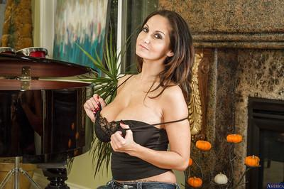 Latina Ava Addams is about to show you her big natural boobies